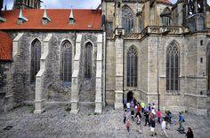 File:Kolín, kostel sv. Bartoloměje od jihu (EHD 2015).jpg