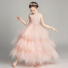 Flower Girls, Flower Girl Dresses, Wedding Evening Gown, Evening Gowns, Wedding Dress, Princess Dress Kids, Boho Festival Fashion, Girls Formal Dresses, Tulle Dress