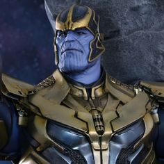 Hot Toys Marvel Sixth Scale Figures - Thanos