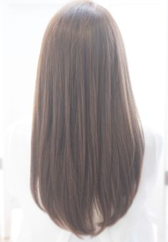 Hairstyles Haircuts, Pretty Hairstyles, Straight Hairstyles, Ulzzang Hair, Middle Hair, Medium Hair Styles, Long Hair Styles, Long Layered Hair, Great Hair