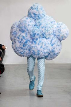 Designer Walter van Beirendonc clearly had his head in the clouds when he came up with this look......