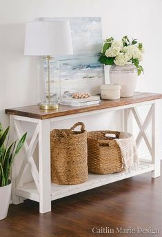 There are so many great decorative wicker storage basket out there that complement coastal style interiors perfectly. Shop the look of these coastal interior rooms that use rustic wicker baskets as stylish storage solution. Featured on Completely Coastal. Coastal Living Rooms, Living Room Decor, Coastal Homes, Coastal Bedrooms, Dining Room, Decoration Entree, Basket Decoration, Decorative Storage, Home And Deco