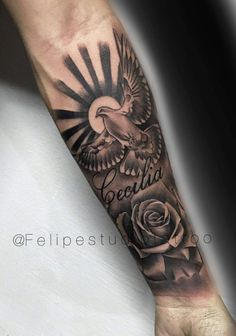 16 Coolest Forearm Tattoos For Men – onderarm tatouage Back Of Forearm Tattoo, Forearm Sleeve Tattoos, Cool Arm Tattoos, Best Sleeve Tattoos, Tattoo Sleeve Designs, Tattoo Designs Men, Forearm Tattoos For Guys, Cloud Tattoo Sleeve, Forearm Tattoo Quotes