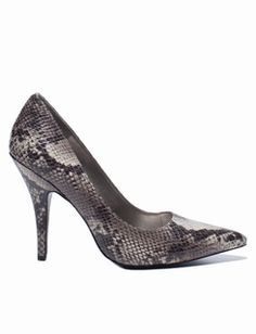 ee8910cd7dc9 Pointy Toe Heel. Snake Skin Print. THE LIMITED. Snake Print