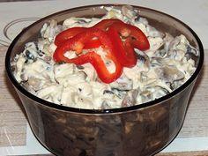 Imi place foarte mult salata de pui cu ciuperci, chiar mai mult decat salata de boeuf. Este destul de usoara si se poate manca foarte bine l...