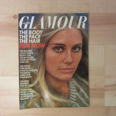 Cybill Shepherd, Glamour Magazine, Body Makeup, Cover Girl, Vintage Magazines, Vintage Glamour, Girls Sweaters, Vintage Outfits, January
