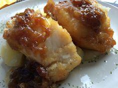 Bacalao con cebolla confitada, un plato delicioso de nuestro menú diario. Restaurante Vinoteo Oviedo. c/ Campoamor, 29, Oviedo. #Asturias #Gastronomía #Calidad #ComidaCasera #Menu #HoraDeCenar #HoraDeComer #Comida #Comer #OviedoEstaDeModa #Foodie #FoodieLovers #Menú #GastroLovers #Fame #Vino #Vinos #IrDeVinos #Gastronomia #FoodPorn #Yummy