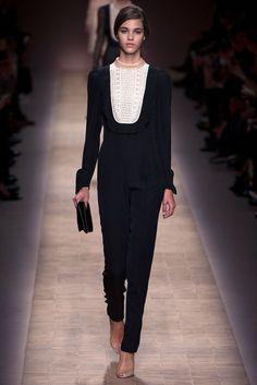 Valentino Spring 2013 Ready-to-Wear Fashion Show - Pauline Hoarau (Elite)