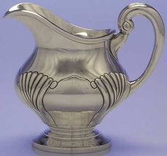 Onslow By Tuttle. Sterling Silver, 4 Pint Water Pitcher. FOR SALE. https://estatesilver.com/index.php?route=product/product&product_id=364