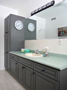 Rustoleum Transformations Tile Paint and Cabinet restoration in the federal grey I like