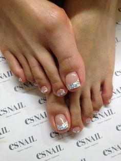 21 Ideas French Pedicure Designs Glitter Bling For 2019 Pretty Toe Nails, Cute Toe Nails, Fancy Nails, Love Nails, French Pedicure Designs, Toe Nail Designs, Pedicure Nail Art, Toe Nail Art, Feet Nails