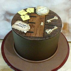 La Muffine ( A simple escape room cake. cover with choc ganach and decor with fondant. Birthday Cale, 70th Birthday Parties, 11th Birthday, Birthday Ideas, Happy Birthday, Escape Room Themes, Escape Room For Kids, Sherlock Cake, Cake Mix Pancakes