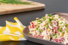 Tonnikala-pastasalaatti - Katso kaikki tonnikalareseptit - Calvo.fi Pasta Salad, Potato Salad, Potatoes, Ethnic Recipes, Food, Crab Pasta Salad, Potato, Essen, Meals