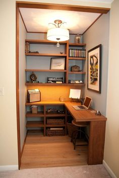 Design Office Room - A home office should be a comfy place, where you can focus without a distraction. A basement home office can provide you the peace you want from the bustle of your home, however in the home. Tiny Office, Small Space Office, Office Nook, Home Office Space, Home Office Design, Home Office Decor, Home Decor, Office Ideas, Closet Office