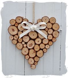 similar to large rustic heart wedding log cabin decoration on etsy - Lovely heart! -Items similar to large rustic heart wedding log cabin decoration on etsy - Lovely heart! Wood Slice Crafts, Wooden Crafts, Diy And Crafts, Driftwood Crafts, Wooden Diy, Diy Centerpieces, Wood Creations, Nature Crafts, Wood Slices