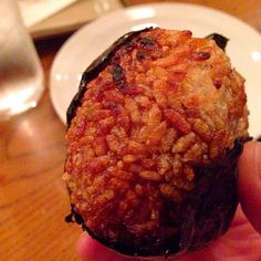 One of the best damn grilled onigiri I ever had. - 49件のもぐもぐ - 焼きおにぎり Grilled Onigiri by humongousfungus