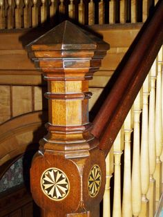 Newel post with inlay