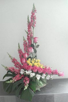 Bildergebnis für flower arrangements for church Contemporary Flower Arrangements, Creative Flower Arrangements, Tropical Floral Arrangements, Church Flower Arrangements, Funeral Arrangements, Beautiful Flower Arrangements, Silk Flower Arrangements, Beautiful Flowers, Altar Flowers