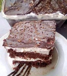 Greek Sweets, Greek Desserts, Greek Recipes, Desert Recipes, Italian Pastries, Sweets Cake, Brownie Bar, How Sweet Eats, Confectionery