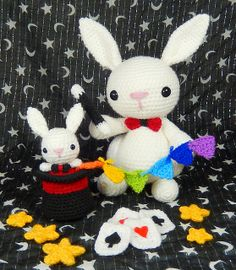 Ravelry: The Great Marvello and Little Marvin pattern by Moji-Moji Design