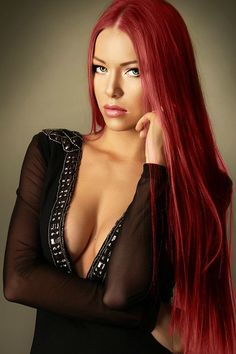 beautiful green eyes and red hair