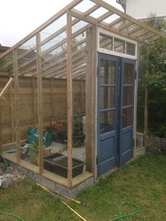 Diy Greenhouse Plans, Greenhouse Effect, Backyard Greenhouse, Build A Greenhouse, Homemade Greenhouse, Cheap Greenhouse, Greenhouse Wedding, Outdoor Projects, Garden Projects