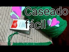 Tapete com caseado fácil - YouTube Knit Pillow, Christmas Pillow, Diy And Crafts, Shabby, Pillows, Knitting, Crochet, Youtube, Girls