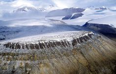 British Empire Range (in the north of Tanquary Fiord and Lake Hazen); Quttinirpaaq National Park, Nunavut, Canada