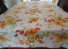 Vtg Fall Oak Leaves Acorns Printed Table Cloth 59x83 EUC