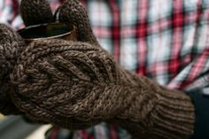 Ravelry: Antler Mittens pattern by tincanknits
