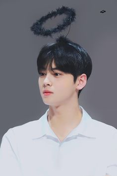 Angel or demon? Cha Eun Woo, Asian Actors, Korean Actors, Cha Eunwoo Astro, Ideal Boyfriend, Lee Dong Min, Astro Fandom Name, Korean Bands, Sanha