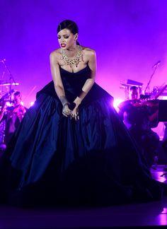 Rihanna@babydollayyye @babydollayyye @babydollayyye