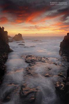 Atardecer en la costa de Fuencaliente, Isla de La Palma. Canarias