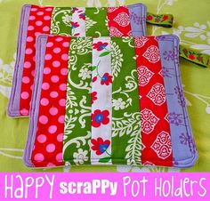 Make your own cute potholders-great idea for leftover scraps