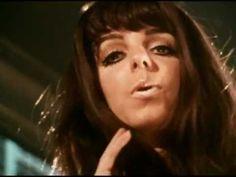 Shoking Blue - Venus  국내는 유로댄스의 영향으로 바나나라마의 노래로 많이 알려져있다. R.I.P. MARISKA VERES   great song! great voice!  #Music