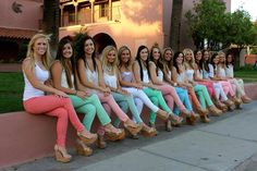 University of Arizona gamma phi beta cutest sorority photoshoot photo shoot ideas pastel pants
