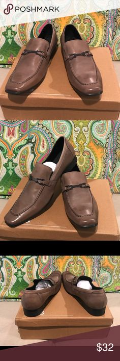 Shop Men's Steve Madden Gray size 11 Loafers & Slip-Ons at a discounted  price at Poshmark. Description: Shoes in excellent condition.