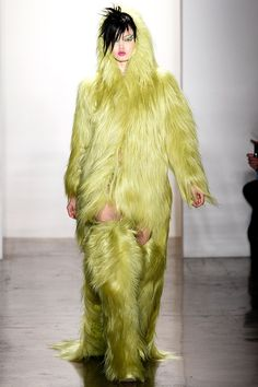 Tendencias para Halloween 2013 - Look FW13 de Jeremy Scott