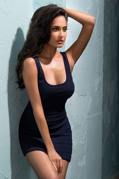 Lisa Haydon Biography