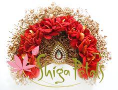 Dress Hairstyles, Wedding Hairstyles, Hairstyle Ideas, Hair Decorations, Wedding Decorations, Bridal Hair Flowers, Flower Hair Accessories, Garland Wedding, Beautiful Flowers