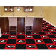 University of georgia bulldogs uga carpet tiles flooring for Georgia bulldog bedroom ideas