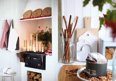 Christmas Styling Of a More Traditional Variety Concept Store