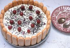 Sütés nélküli Fekete-erdő torta Looks Yummy, Love Cake, Cakes And More, No Bake Desserts, Tiramisu, Oreo, Food To Make, Tapas, Sweet Treats