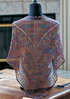The Best of the Midwest Stitches Fashion Show: 7 New Inspiring Free Shawl Patterns, Knit Tops & More from @AllFreeKnitting