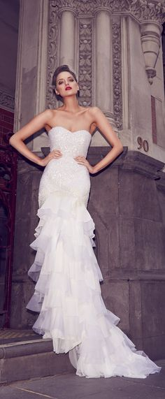 Gorgeous wedding dresses from the 2014 bridal collection of Aussie designer Karen Willis Holmes Wedding Dresses 2014, Designer Wedding Gowns, Bridal Dresses, Designer Dresses, Gown Designer, Karen Willis Holmes, Gorgeous Wedding Dress, Stunning Dresses, Bridal Collection