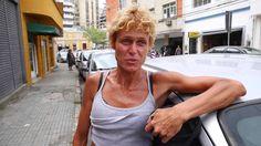 Voz das Ruas: conheça o talento de Emily, moradora de rua de Florianópolis - YouTube