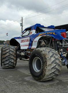 Maximum Destruction Monster Jam Truck Monster Trucks Pinterest