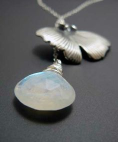 Moonstone and ginkgo leaf lariat necklace - Try Handmade Gallery - Free Handmade Advertising