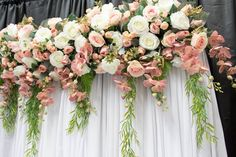 Create the perfect backdrop to your event with help from Sharebooth. We offer stunning flower walls at affordable prices. Contact us today. Tulle Backdrop, Flower Backdrop, Flower Wall, Wall Backdrops, Photo Booths, Bridal Shower Gifts, Greenery, Floral Wreath, Wedding Decorations