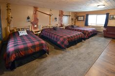 Rice Lake Wisconsin Guest Room on Floor with 2 Queens w/memory foam, 1 Twin, Furnished Kitchen w/Stove, Microwave & Fridge, Tub/Shower. Rice Lake Wisconsin, 2nd Floor, Shower Tub, Guest Room, Flooring, Bed, Furniture, Home Decor, Shower Pan